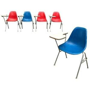 Herman Miller Eames Dss Fiberglass Side Chairs With Desk Attachments