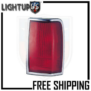 Fits 90 97 Lincoln Town Car Tail Light lamp Passenger right Only