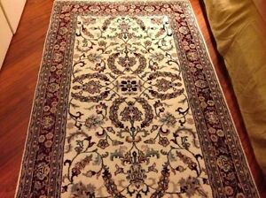 Carpet Handwoven Indo Kashan Wool Vary Pritty