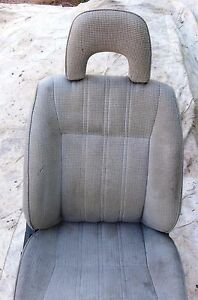 Honda Civic Wagon 88 89 Passeneger Side Right Front Seat Gray W Headrest R Fr Vg