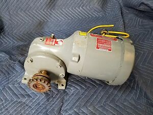 Dayton Right Angle Gear Motor