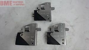 Lot Of 3 micro Switch 23ac81 0025 Push Button Type