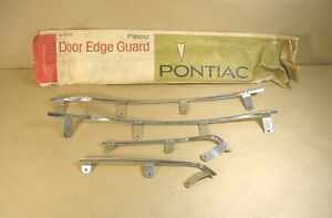 1966 1967 Pontiac Tempest 4 Door Edge Guard Nos 984552