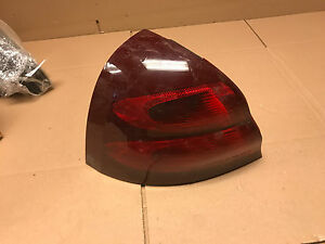 2004 2005 2006 2007 2008 Pontiac Grand Prix Left Tail Light Lamp 16530787