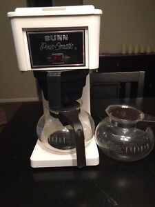 Bunn Coffee Maker Pour omatic White 8 Cup Vintage