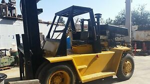 Caterpillar V 225 Forklift