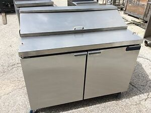 48 Continental Standard Top Refrigerated Sandwich Unit W 2 Solid Doors