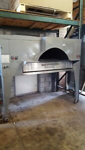 Used Fc 816 Bakers Pride Il Forno Gas Pizza Oven Includes Free Shipping