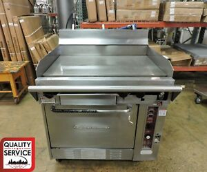 Southbend Co300ht Commercial Gas Range With Griddle Top Convection Oven