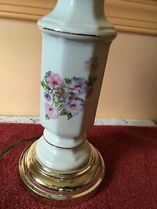 Vintage Porcelain White Gold Floral Table Lamp 13 5
