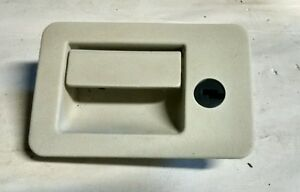 1996 1999 Ford Mustang Glove Box Compartment Latch Lock Handle Oem Part White