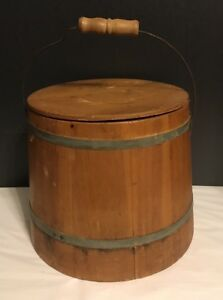 Vintage 10 Wooden Bucket With Lid Metal Bands Bale Handle Great Condition