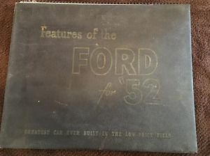 1952 Ford Dealers Showroom Facts Book Car Display Item