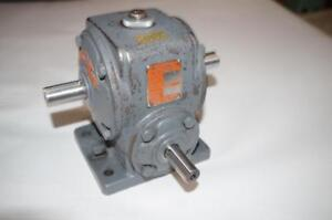 Boston Gear Speed Reducer Reductor T18 Ratio 10 1 240 In lbs Torque