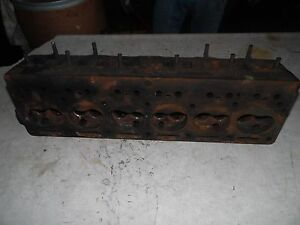 Oliver 70 Tractor Engine Head D600a507