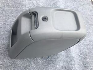 05 07 Dodge Caravan Chrysler Town Country Center Console Storage Gray Oem