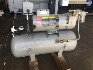 Welch gardner Denver Model 8170b 30 Vacuum Pump 120v Baldor Motor