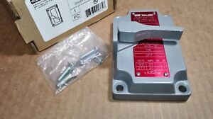 New Hubbell Killark Xns 1c Explosion Proof Cover Tumbler Switch W Out Device