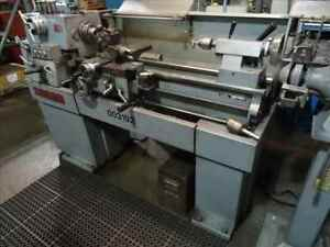Clausing 1300 Manual Engine Lathe B36778