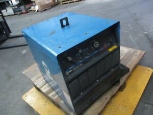 Miller Gold Star 302 Cc dc Welding Power Source 1018600j Used