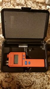 Delmhorst J 2000 Pin type Digital Moisture Meter With Hard Case used