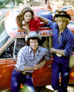 Dukes Of Hazzard Color General Lee amp; Cast 16x20 Canvas Giclee $69.99