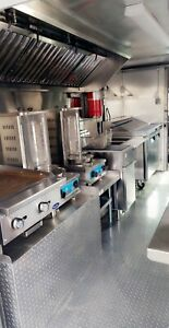 Food Truck Customed By Rolling Kitchens Brand New 14ft Kitchen Ready To Go