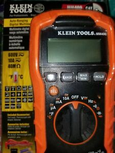 Auto ranging Digital Multi Meter Klein Tools Voltage Current Measure Temp Lcd