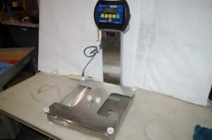 Fairbanks Platform Scale Fb 2250 1 18 X 18 115 230vac 300lb Code Fb203
