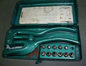 Whitney Small 4 Manual Sheet Metal Hole Punch Kit With Dies Metal Case used