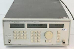 Wavetek 2500j 2 1100mhz Synthesized Signal Generator