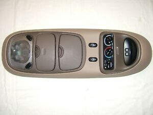 97 02 Expedition Navigator Overhead Center Console Over Head Heater Control Tan