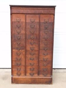 Antique Oak Flat File 33 Slot Pigeon Hole Cabinet M Ohmers Son Co R R Piece