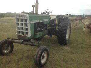 1963 Oliver 1800 Utility Tractors