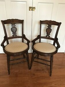 Circa 1800 S Antique Eastlake Walnut Dining Room Parlor Room Chairs