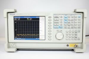 Tektronix Rsa3303a Real time Spectrum Analyzer Dc 3 Ghz Opt 02 21