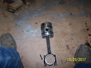 Ac Allis Chalmers 160 Tractor Engine Piston And Rod Piston Damaged