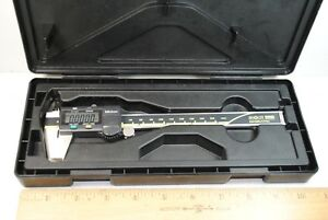 Mitutoyo 6 In Digital Calipers