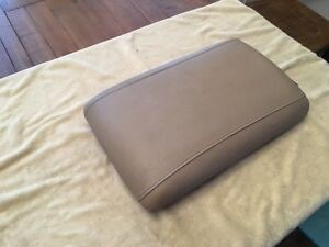 2003 2006 Ford Expedition Tan Leather Center Middle Console Lid Armrest Arm Rest