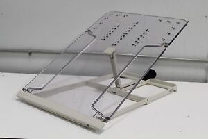 9811 622 20009 15204 Laboratory Incline Adjustable Clear Peg Board Lab
