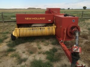 1999 New Holland 575 Square Balers