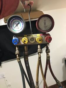 Yellow Jacket Brute Ii 4 Ports valves Test Charging Manifold With Sight Glas