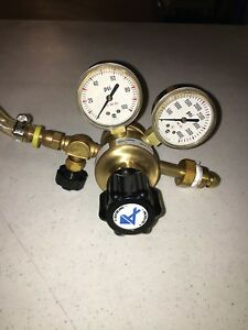 Linde Compressed Gas Regulator model E3 Tsa80 580