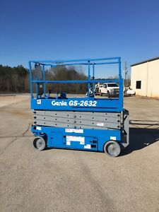 2012 Genie Gs2632 Electric Scissor Lift Jlg Skyjack Boom New Batteries And Charg