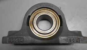 Dodge Pillow Block 2 Bolt Flanged Housing Scm Bearing 1 15 16 Bore
