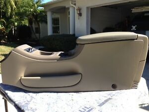 2002 Ford Expedition Eddie Bauer Complete Center Console