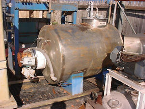 200 Gallon Stainless Steel Horizontal Hot Water Tank With Caloritech Heater