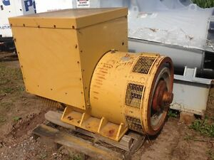 Sr4b Cat Generator End Off Of C18 500 Kw Low Hours Tested