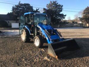 New Holland Tc45da Cabbed Tractor In On Trade With Two Attachments 618 Hrs