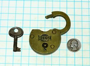 Vtg Antique Old All Solid Brass Lever Reese Lock Co Padlock Hollow Barrel Key